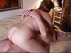 Mature cuckold