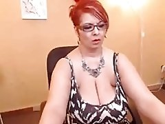Mature big boobs show