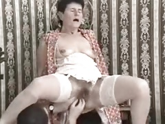 Hairy granny deep anal and fisting