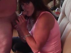 MamaBear loves to suck!